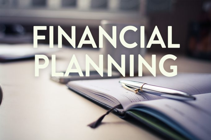 Benefits of using a financial planner to protect grow for For planner